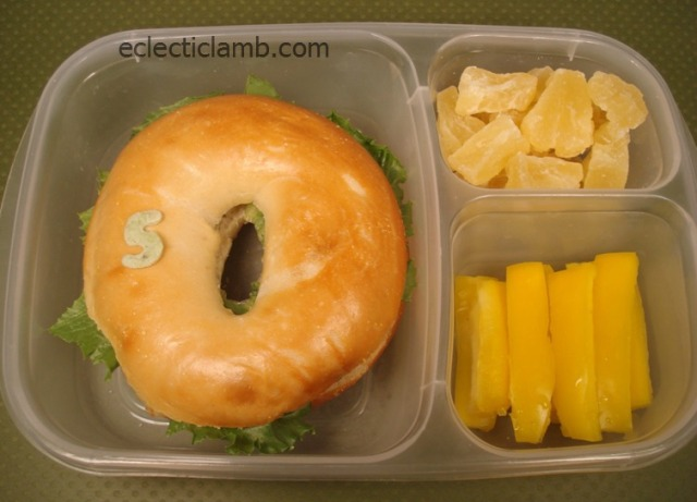 Gold-Ring-Lunch