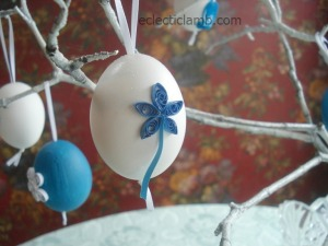 Blue Flower with Stem Quilled Egg