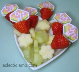 Hinamatsuri Fruit Kabobs