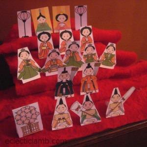 Hina paper dolls