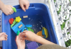 Play Water Table