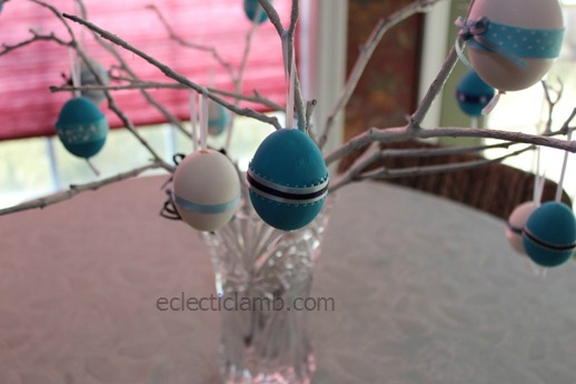 Ribbon egg Tree 2