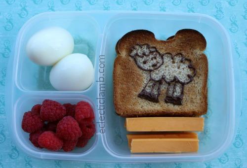 Toast Art Lamb