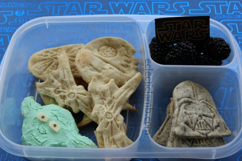Yoda Cheese Ball Star Wars Crackers