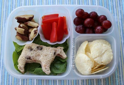 Cow Sandwich Lunch