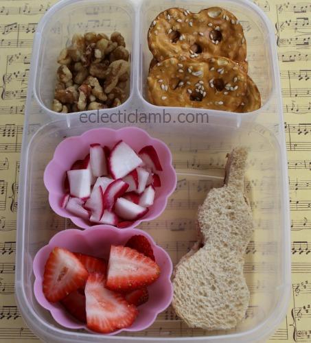 Violin sandwich lunch