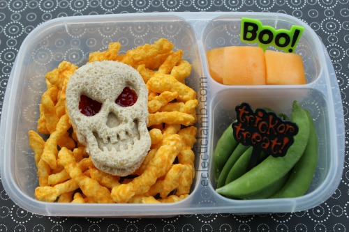 Skull sandwich lunch