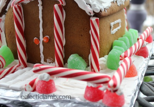 Gingerbread House Front Fence Close