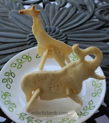3D Giraffe Elephant crackers