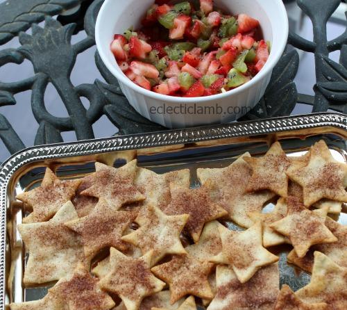 Kiwi and Strawberry Salad with cinnamon stars