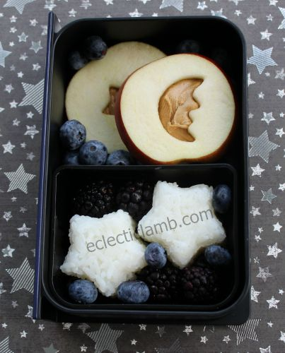 Star Moon PB apple sandwich lunch