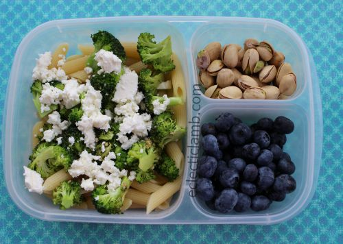 Pasta Broccoli Feta lunch