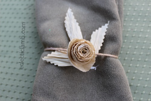 Corn Husk Rose Napkin Ring