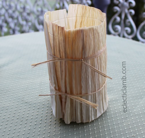 Simple Corn husk votive