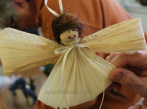 Corn husk angel example