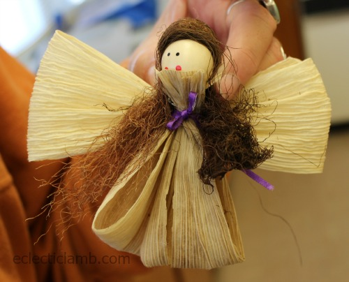 Cornhusk angel example hair in front