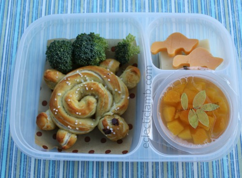 turtle-pretzel-lunch