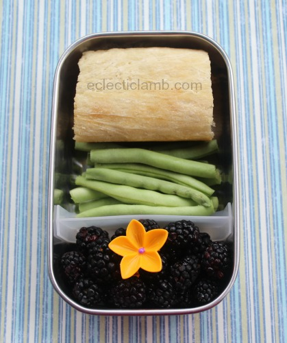 bread-cheese-veg-fruit-lunch