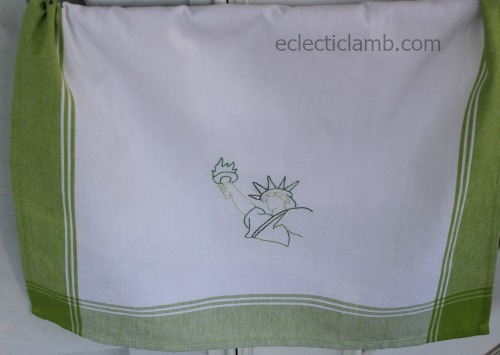 statue-of-liberty-hand-embroidered-towel