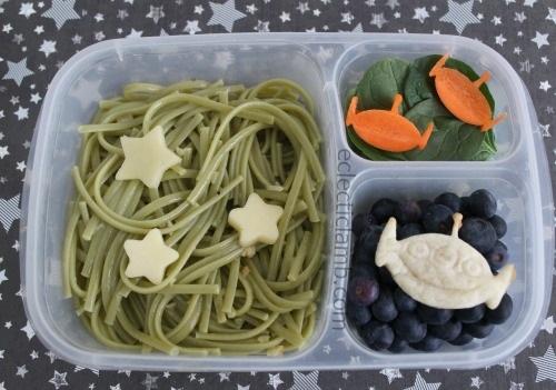 alien-pasta-lunch