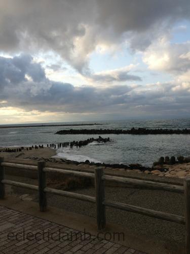 Sea of Japan Niigata.jpg