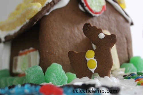 Gingerbread Reindeer Close.jpg