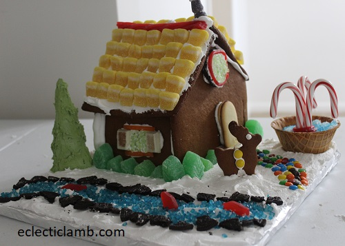 GingerbreadHouseStreamFountain