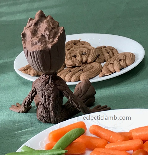 baby groot back with cookies