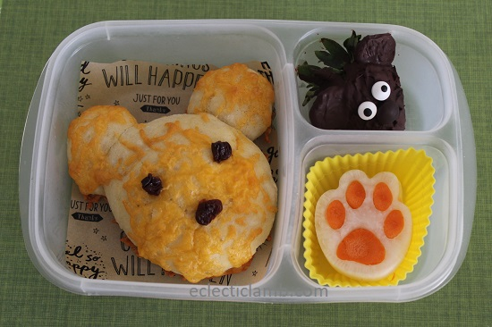 Bear Bread Lunch.jpg