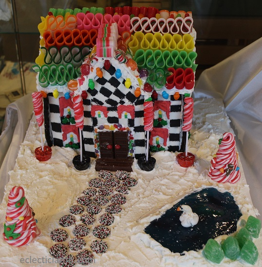 Ribbon Candy Roof Gingerbread