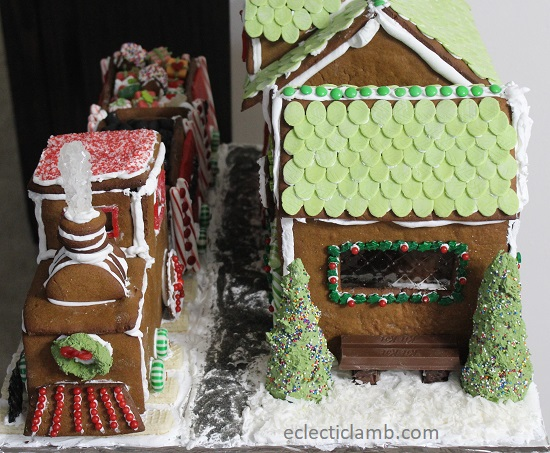 gingerbread train front side depot