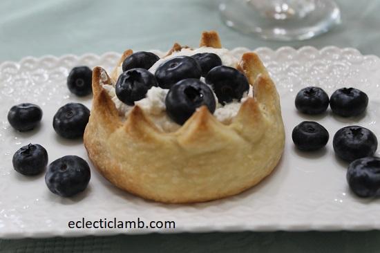 Crown Cheesecake Dessert
