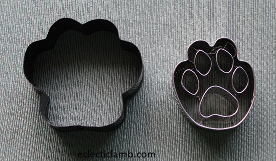 Dog Paw Cookie Cutters.jpg