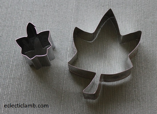 Don't know leaf cookie cutter.jpg
