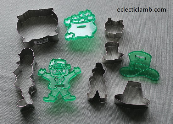 Leprechaun and Pot of Gold Cookie Cutters.jpg