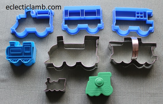 trains cookie cutters