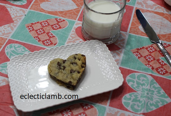 Heart Chocolate Chip Cookie Milk