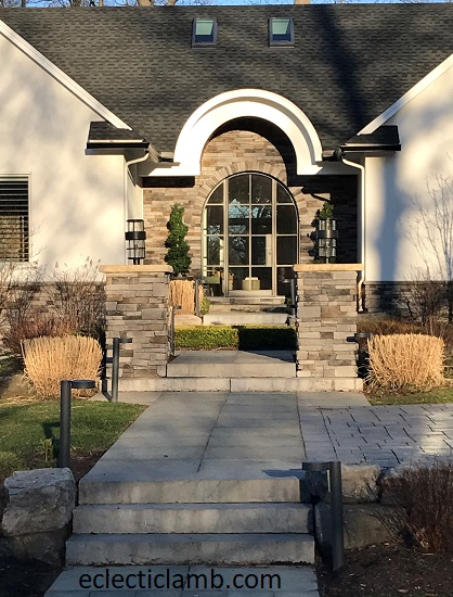 Curved Entryway